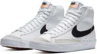 Nike Boy's Kids' Blazer Mid '77 Vintage Sneaker, Size 3.5 M - White